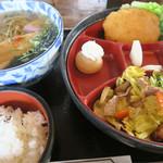 津の勢 - 料理写真:サービスランチ