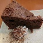 shunsaikafekanade - ちょこっとおやつのチョコケーキ(ランチに150円アップ