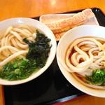 三枝うどん - 左・かけうどん   右・ぶっかけうどん   奥・カニカマ天ぷら