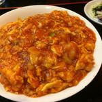 中國家常菜 蘭蘭 麻辣火鍋館 - 海老と玉子チリソースかけご飯