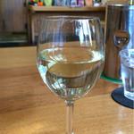 ケースタイル - グラスワイン(450円)