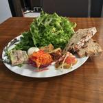 サリーヒルズ - 前菜の盛り合わせ