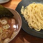 つけ麺屋 やすべえ - つけ麺、並。780円(税込み)