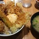 48843939 - 鶏と旬野菜の天丼
