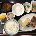 ビジネスホテル鳴門 - 和朝食