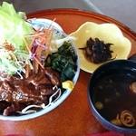 48845851 - 飛騨牛どて丼(税込850円)(2016.3撮影)