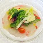 48846345 - 桜のランチコース3,800円、真鯛のカルパッチョサラダ仕立て