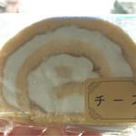 マロニエ - チーズ アイスロール¥180