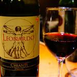 月島 在市 - 赤ワインその2 味噌ダレには赤でしょ!