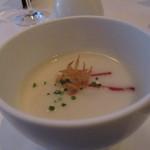 アリス ダイニング - 蕪とカリフラワーの冷製スープ この次期にしても本日料理中、NO.1も旨さ~