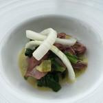 48856205 - Bランチ、ホタルイカ菜の花 新玉ねぎのふきのとうドレッシング。