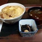 とらや食堂 - カツ丼セット850円