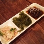 菜美ら - 1603_なちゅら_00.前菜(海ぶどう_島モズク_ミミガー酢)