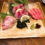 Mikagekura - 鮮魚三点盛り★             分厚い!