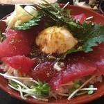 松葉寿司 - まぐろ月見丼