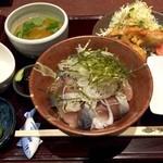 48881007 - 究極のとろさば丼定食(1,000円)
