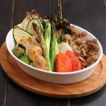 雑多居酒屋 しののめ - 新潟野菜のオーブン焼