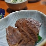 二代目沖縄居食家屋いち - 豚肉をスモーク