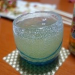 二代目沖縄居食家屋いち - 琉球グラスで飲む泡盛はおいしい♪