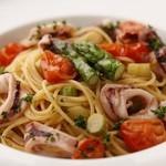 オステリア - ヤリイカとアスパラとトマト