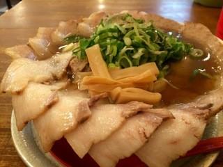 神戸ラーメン 第一旭 神戸本店 - Cラーメン、麺1.5倍、チャーシューは、チャーシュー麺の1.5倍です(2016.3.22)