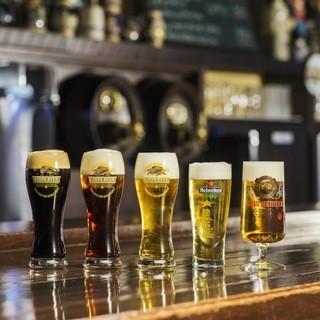 種類豊富なビールが揃います。温度やジョッキにもこだわりあり