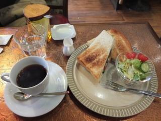 一丁目茶房 - モーニング 野菜トースト 600円