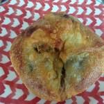 2013年10月:ぶどうの天然酵母 チーズカレー(\329)…バケットっぽい感じの表面がばりっとした生地です