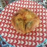 2013年10月:ぶどうの天然酵母 チーズカレー(\329)