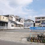 わらべ菜魚洞 - 店舗の隣は駐車場