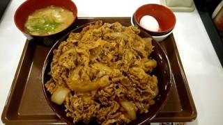 すき家 札幌北郷店   - 通常6倍の肉量♪