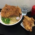 48895678 - 揚チキンめん+ミニ揚チキン