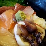 48896185 - ランチの海鮮丼(2016.03)