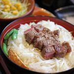 48897487 - 長萩和牛のライトサーロインステーキ丼