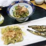 綾鷹  - 大皿料理(なすのおひたし、いわしの甘露煮、ゴーヤと玉葱のポン酢和え)