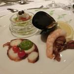 48907737 - 海の幸前菜3種盛り合わせ                       (小海老とホタルイカのマリネ/タコのソプレッサ/白身魚のサラダ仕立て)