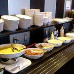 HOTEL AZ - 料理写真:朝食バイキング おかず