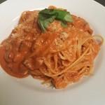 ルチェンテ - spaghtti Carbonara rosso