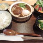 土鍋ごはんと和酒の店 おてだま - ランチのデミグラス味噌煮込みハンバーグセット