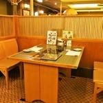 しゃぶ禅 - テーブル席