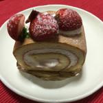 湘南菓子工房ヒラオカ - 料理写真:イチゴムースのロール