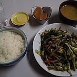 味の枝 - レバニラ炒め定食790円