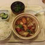 へそまがり - 揚豆腐の煮物+ごはん