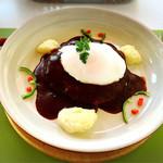 プティ キャナル - 絶対に食べたい近江牛のハンバーグ