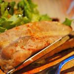 小粋 - 焼き物】2日間漬け豚バラロースト  しっかり漬け込まれた深い味わいの豚バラ。 ああ、なんという幸せな共食いか…(屮°∀°)屮