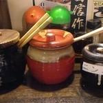 48939686 - 左から、辛子高菜、紅生姜、粒ニンニク