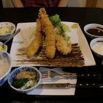 五蘊 - 海老フライ定食