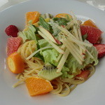 フルーツピークス - 料理写真:果実屋さんのフルーツパスタ
