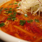 沖縄料理とそーきそば はいさい食堂 - 天辛らーめん 3辛
