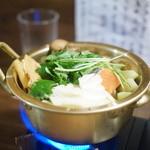 しゃけ小島 - 鮭だしと鮭しょうゆの鍋